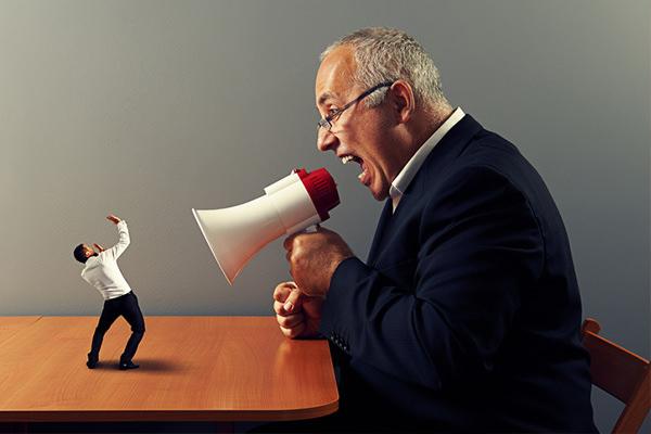 厳しい上司は不要な存在!如何なる理由があってもクソだと断言する!