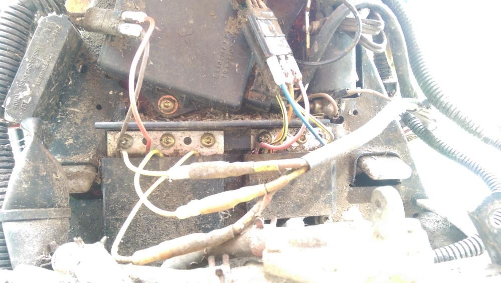 medium resolution of imag0463 jpg polaris 325 electrical help