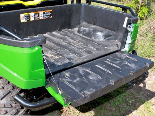 small resolution of 2012 john deere gator xuv550 close up tail