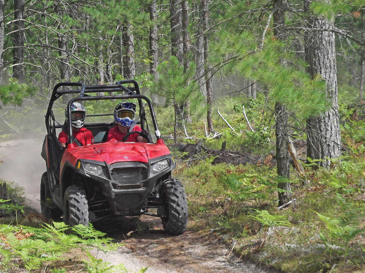 hight resolution of 2013 polaris rzr570 red front right riding on