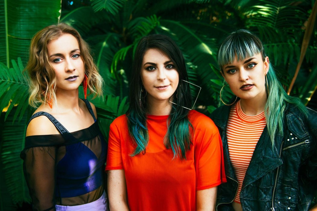 "The Intimate Warmth of Wyvern Lingo's Haunting & Wintry ""Snow II"""