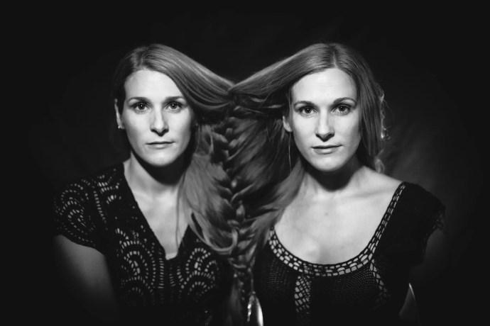 Shook Twins © Jessie McCall