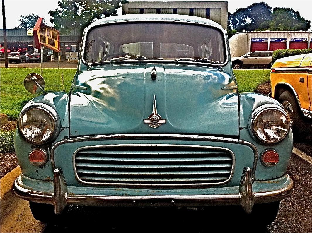 Morris Minor 1000 Estate on S. Lamar Blvd.   ATX Car ...