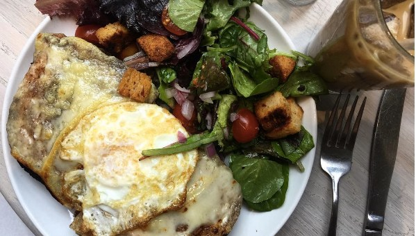 Restaurant Review: Forthright Cafe