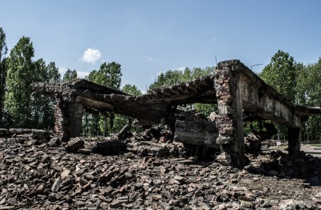 ..the government decided to leave the ruins as they were as the survivors desired..