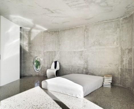 CASA BRASILEÑA; BRAZILIAN HOUSE