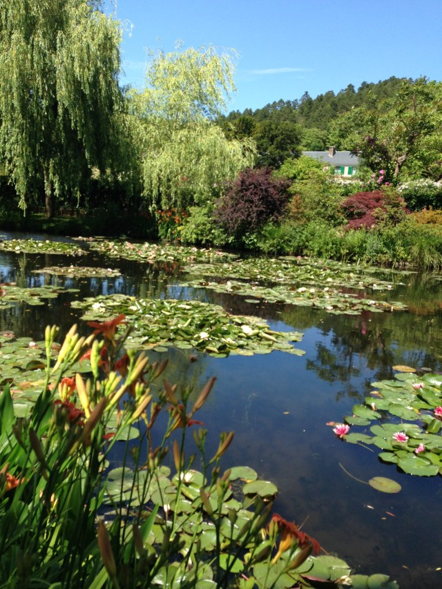 Giverny. Lillypads in front. House in back!