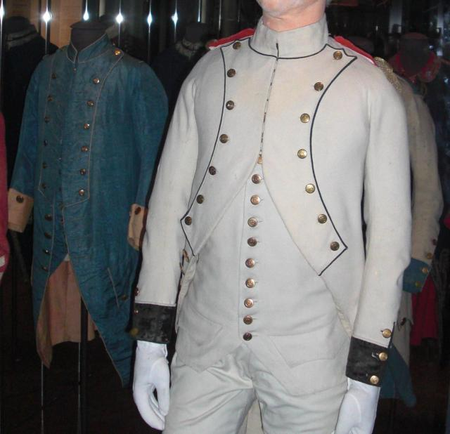 Invalides. Two more military jackets I could wear. Check out the left. Wouldn't it be great in denim