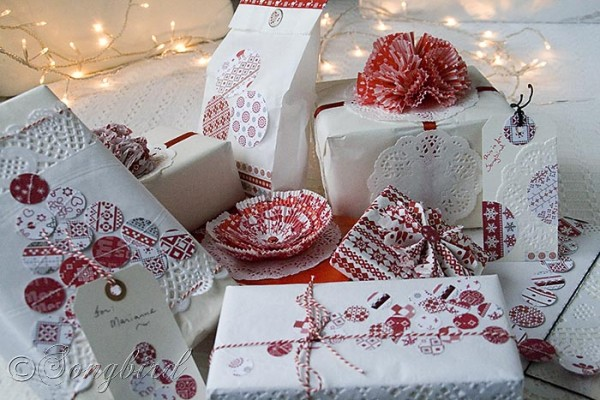 Songbird-Christmas-White-Red-Gift-Wrapping-1-600x400