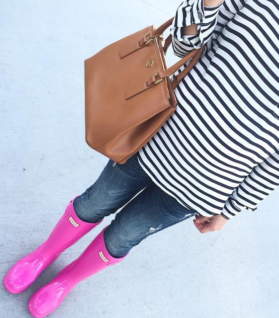Big kids hot pink hunter boots, Hunter boots for petites, Hunter rain boots, Loft petite striped pocket blouse, Tory Burch mini Robinson bag in luggage