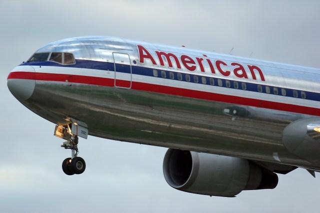 Boeing_767-323_ER_American_Airlines_N392AN_83985626191