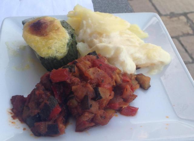 Food. Gaston.  Bonapartes veg.