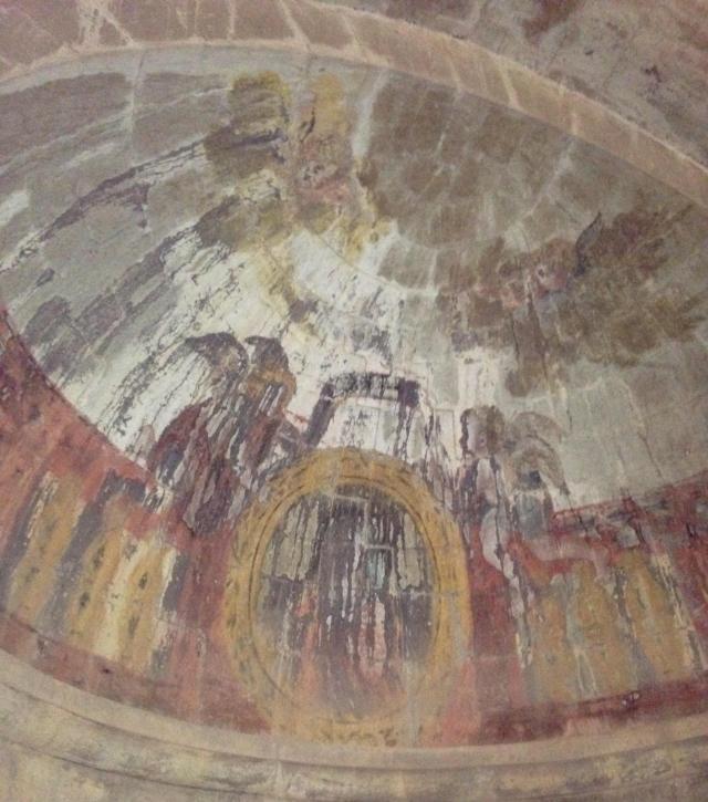 Thoronet Frescoed ceiling. GOLD