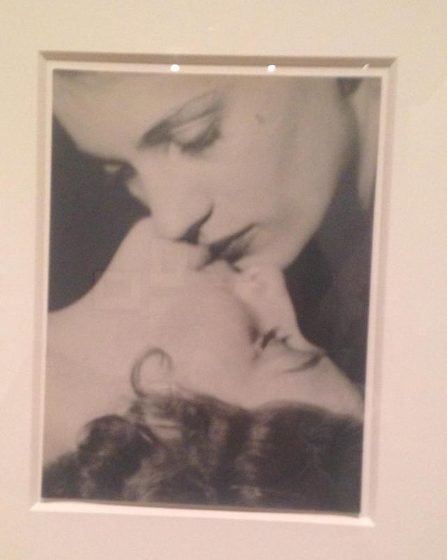 barnes-foundation-kiss-by-man-ray