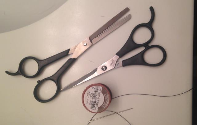 scissors-thinning-shears-needle-and-thread