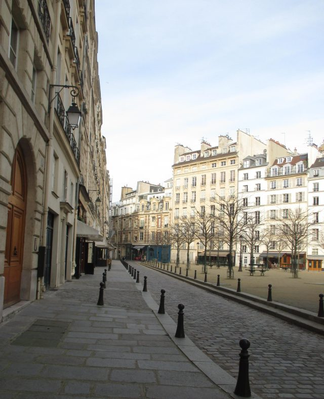 sunday-morning-place-dauphine