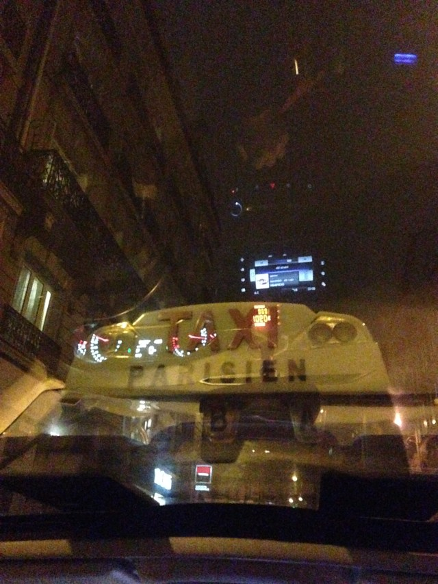 sunday-taxi-at-night