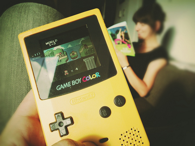 Gameboy Color amb Super Mario / Markus Spiering CC