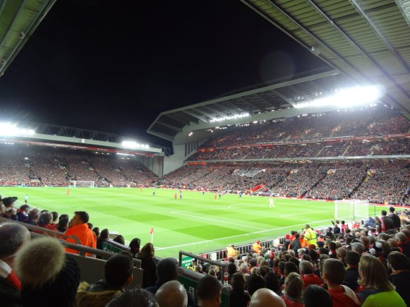 lfc - man united en tribune anfield road