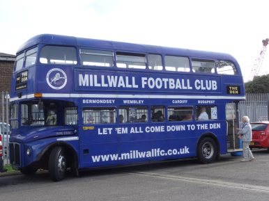 bus bar à millwall