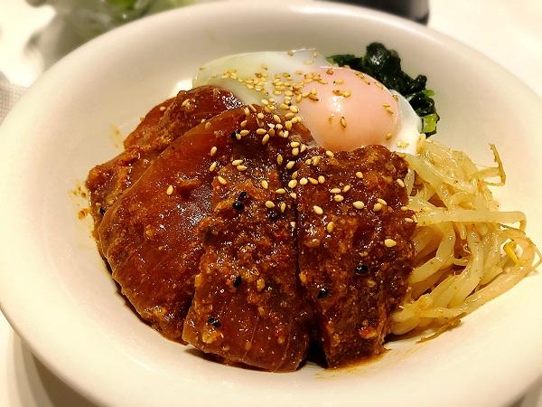 マグロのビビンバ丼の献立レシピ