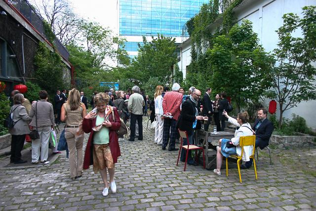 Michelle-Auboiron-Exposition-Brut-de-Shanghai-Paris-Les-Voutes-2005--2