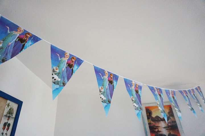 guirlande fanion disney anniversaire