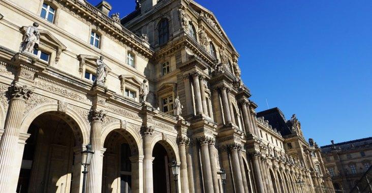 palais louvre paris musée