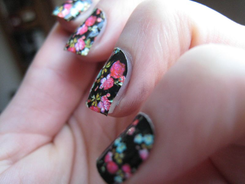 Nail Patch By Sephora Flower Power Ai Testé Les Patchs Me Cosmetik Mom Dentelle La Boutique Du Vernis