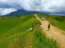 vayang-rolling-hills-2