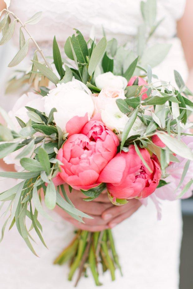 gorgeous coral wedding inspiration