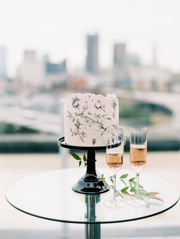 Columbus Ohio wedding cake, Miam Cake, Juniper Rooftop Wedding