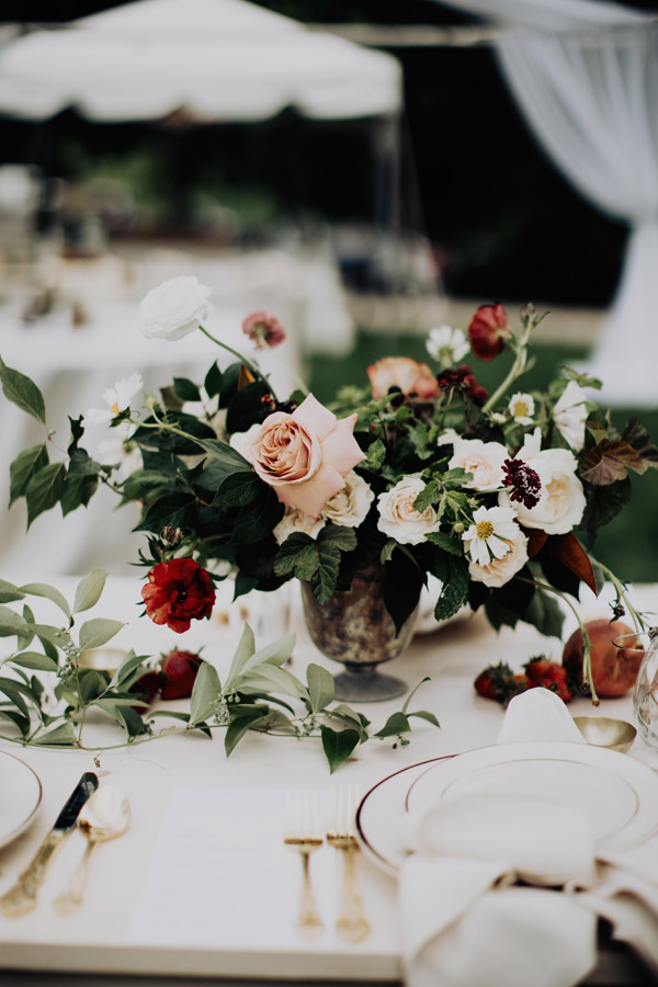 organic summer floral designs for Ohio wedding, Evergreen Flower Co