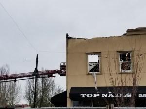 top nails auburn, heritage fire, main street, auburn fire