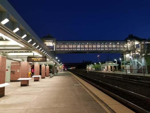 auburn transit center, sounder, sound transit, auburn, city of auburn, train platform, auburn station