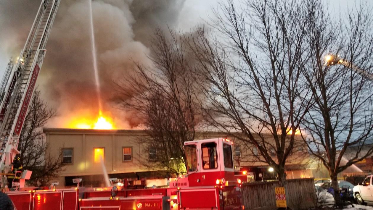 heritage building fire, #heritagebldgfire, vrfa, auburn, heritage building
