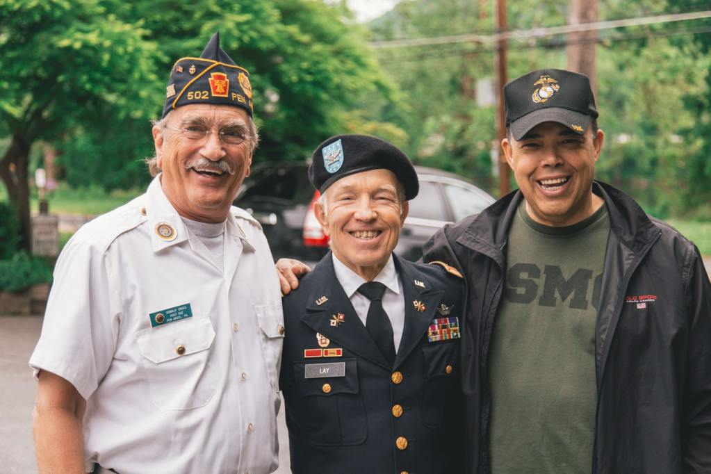 veterans, Outstanding Service to Veterans Awards, auburn's veterans day parade