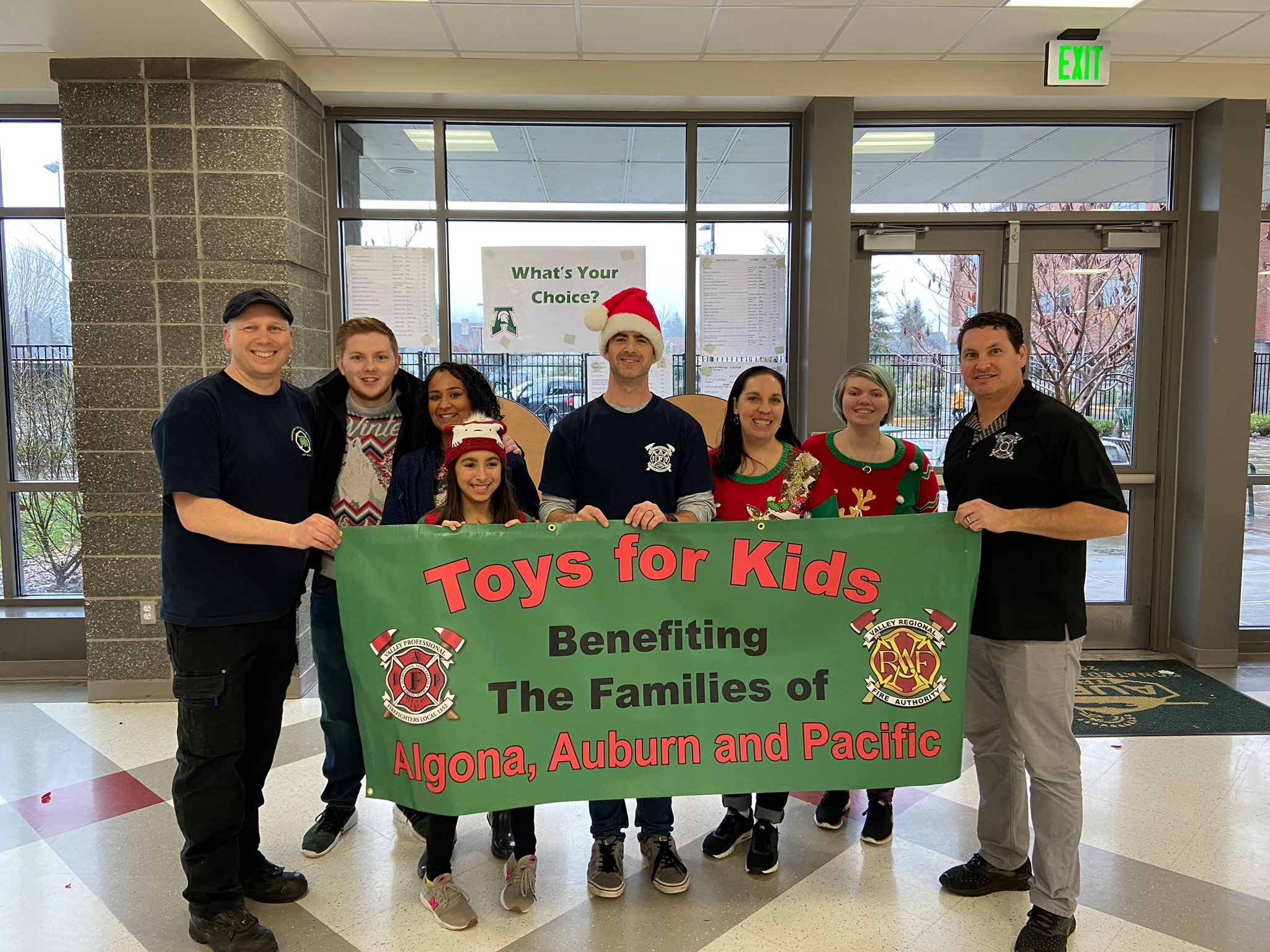 auburn wa, city of auburn, onw firefighters, valley professional fire fighters, valley professional firefighters, vrfa, valley regional fire authority, local iaff 1352, toys for kids, holiday toy drive