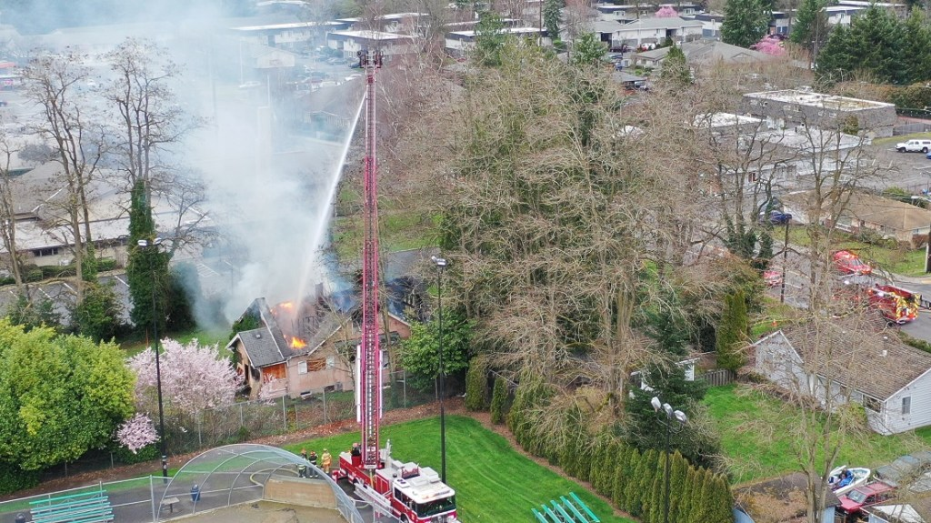 vrfa, m st ne, 601 m st ne, m st ne fire, m st fire, valley regional fire authority, south king fire and rescue, puget sound fire authority, apd, auburn wa fire, m st auburn wa fire, fire on monday