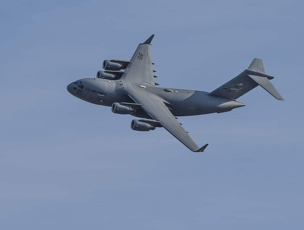 C-17, air force plane, c-17 flying, military plane