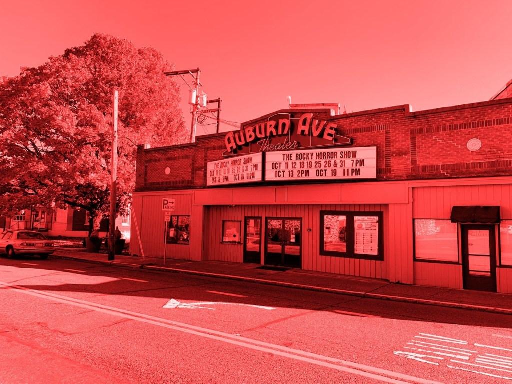 auburn ave theater, auburn avenue theater, we make events, redalertrestart, red alert restart, why is the auburn avenue theater red, supportthearts, city of auburn, auburn ave theater auburn wa,