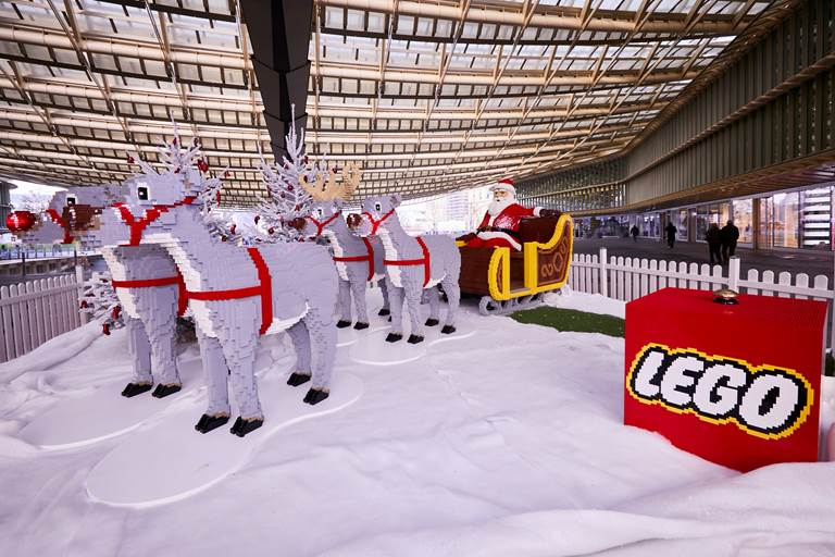 lego-halles-pere-noel-canopee-photo