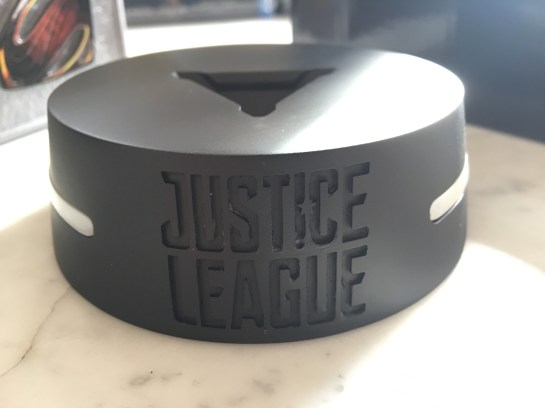 Justice League Coffret FNAC socle