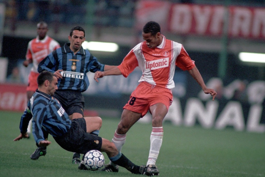 Thierry Henry sous les couleurs de l'AS Monaco en 1996-1997, son premier club professionnel