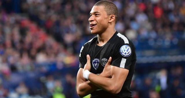 Ligue 1 26ème journée : Kylian Mbappé établit un nouveau record de précocité en dépassant, à à peine 20 ans, la barre symbolique des 50 buts en Ligue 1