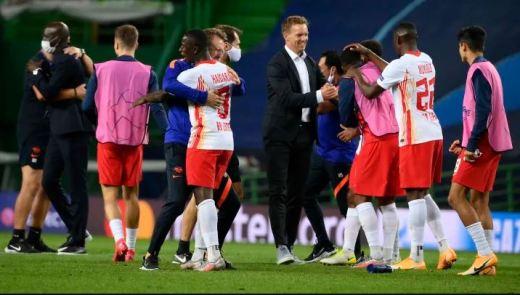 La joie des joueurs et du staff de Leipzig après leur qualification en quart de finale face à l'Atlético de Madrid