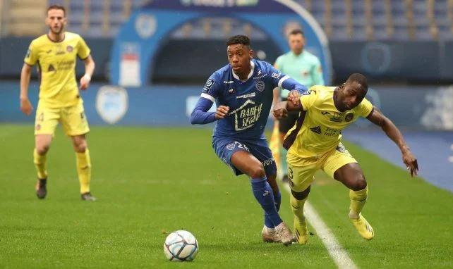 Ligue 2 : la lutte pour l'accession fait rage entre Troyes, Clermont, Toulouse et Grenoble