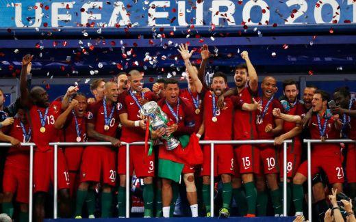 Qui succédera au Portugal victorieux en France il y a 5 ans ?