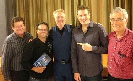Mick Peck with Auckland magicians, Kaplan magic lecture