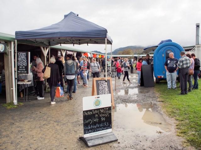 Rainy Day at Clevedon Farmers Market - Papakura